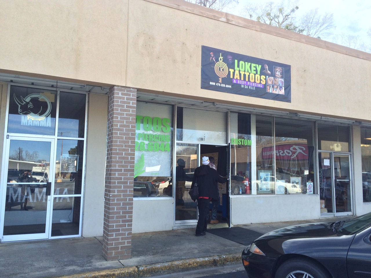 Owner of milledgeville tattoo shop arrested after minors for Tattoo shops in georgia